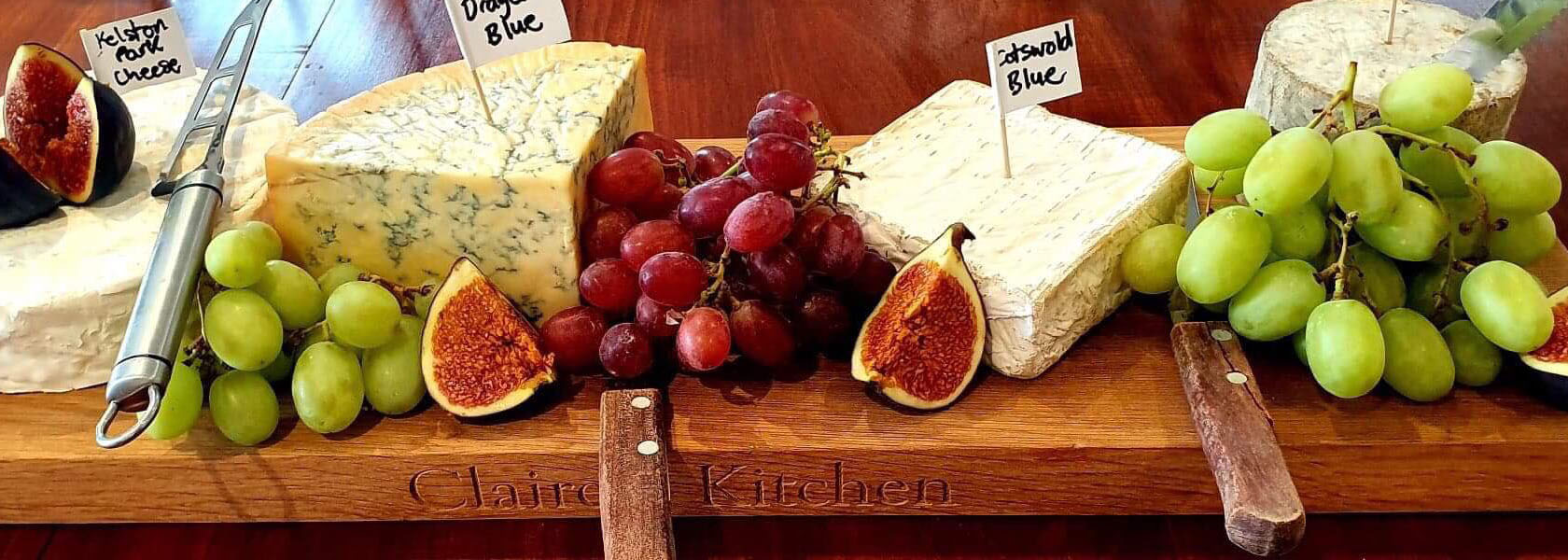 Dining_Cheeses_1680px